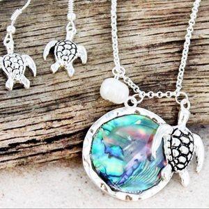 SilverTone Turtle & Abalone Disk Pendant &Earrings